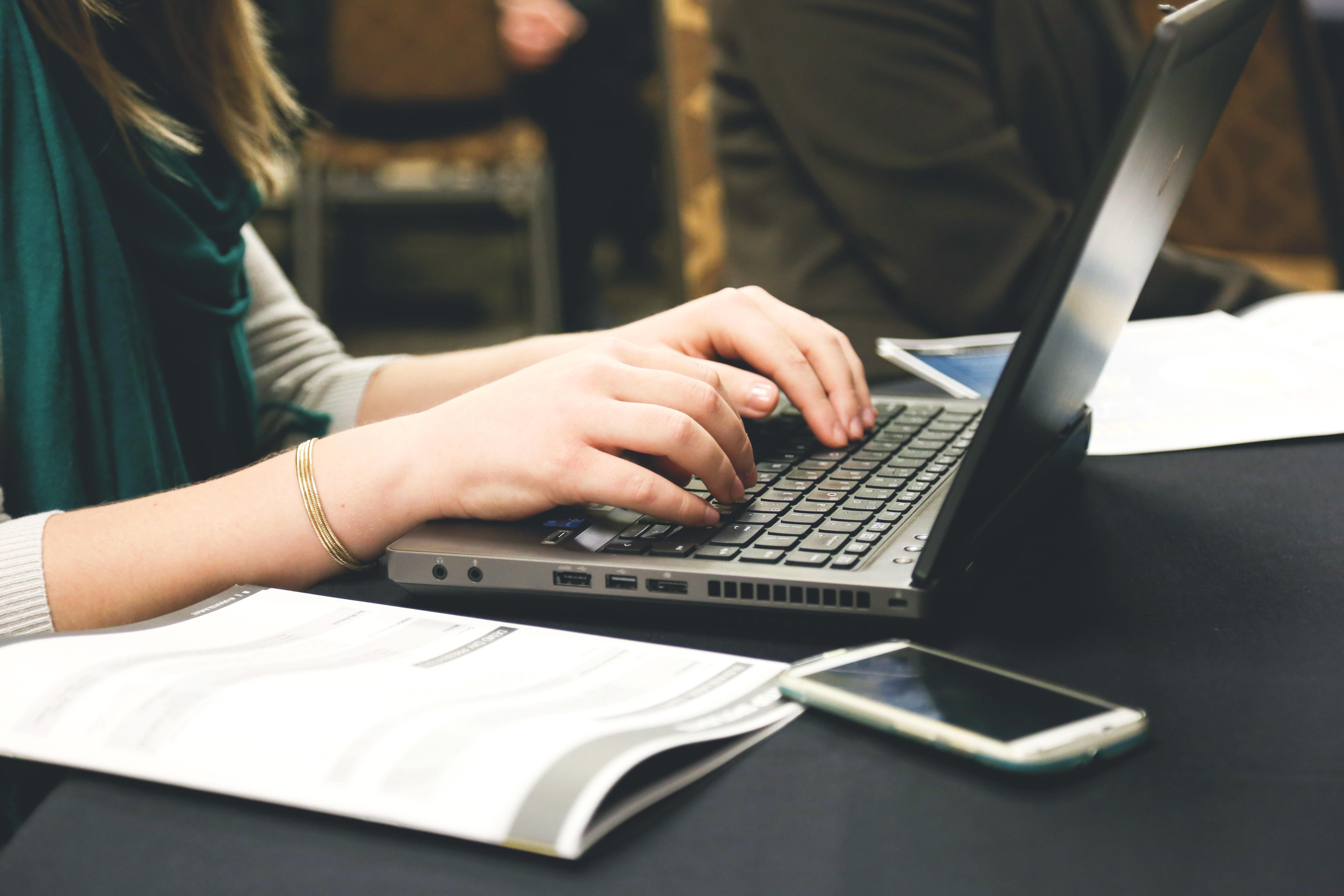 writing on laptop.jpg